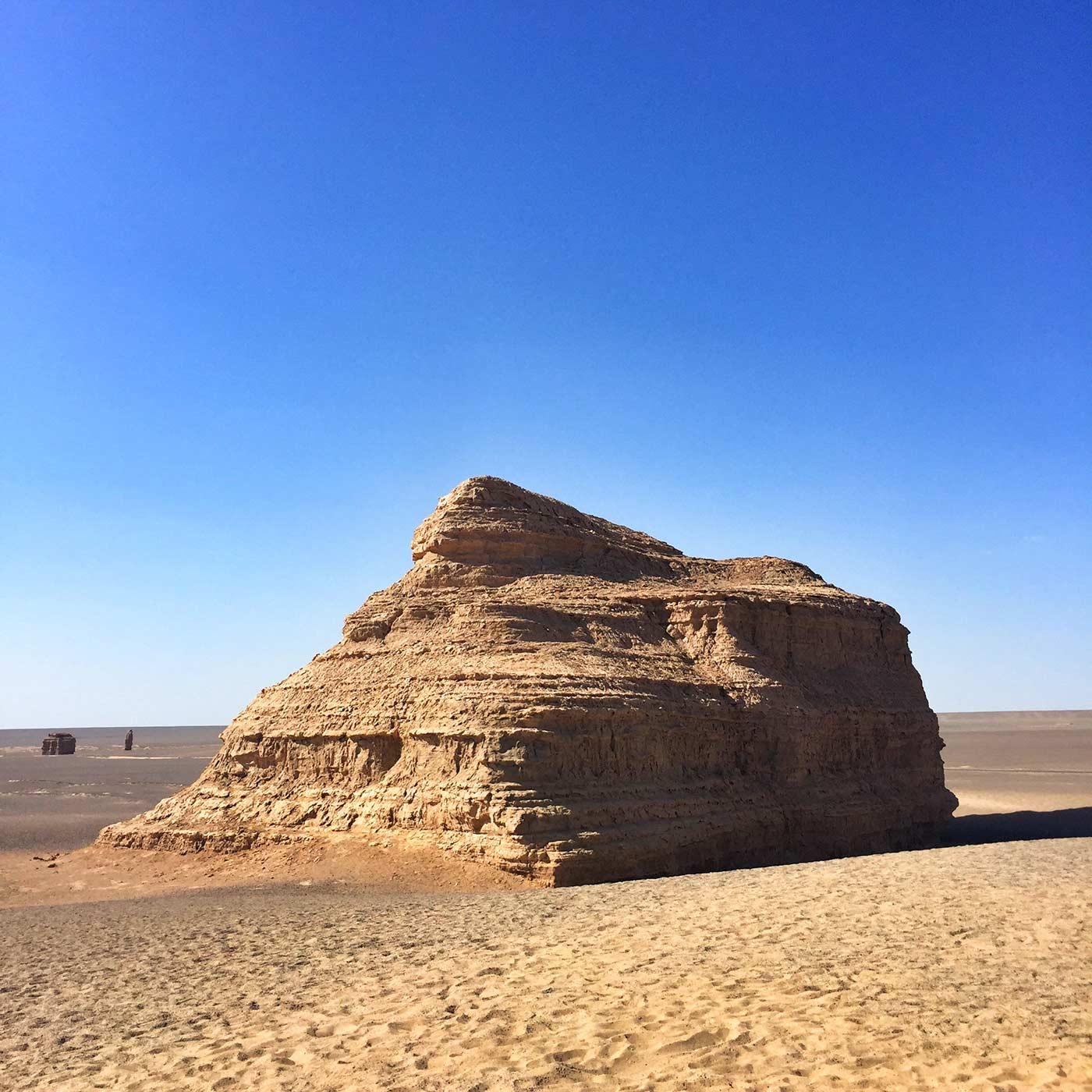 雅丹地貌之狮身人面金字塔